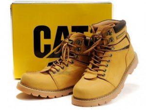 famosas botas Caterpillar