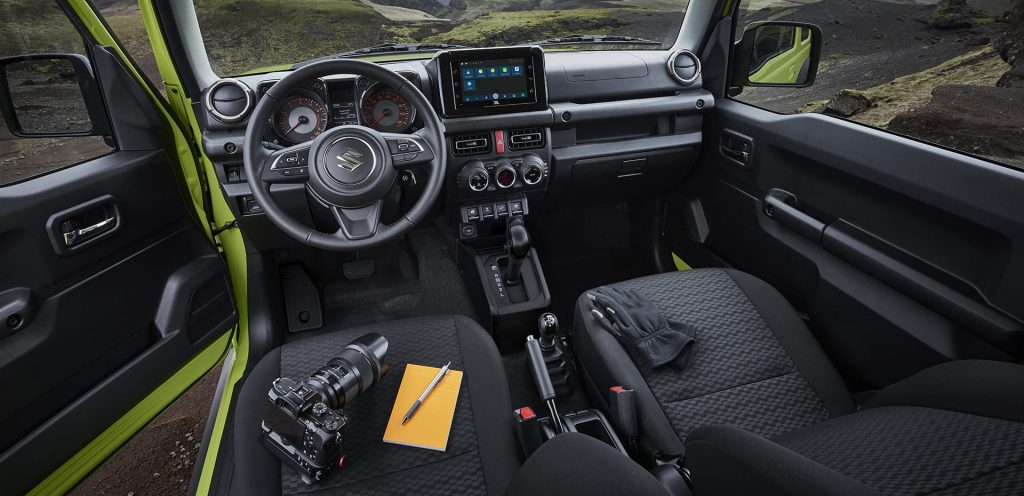 interior do novo jimny