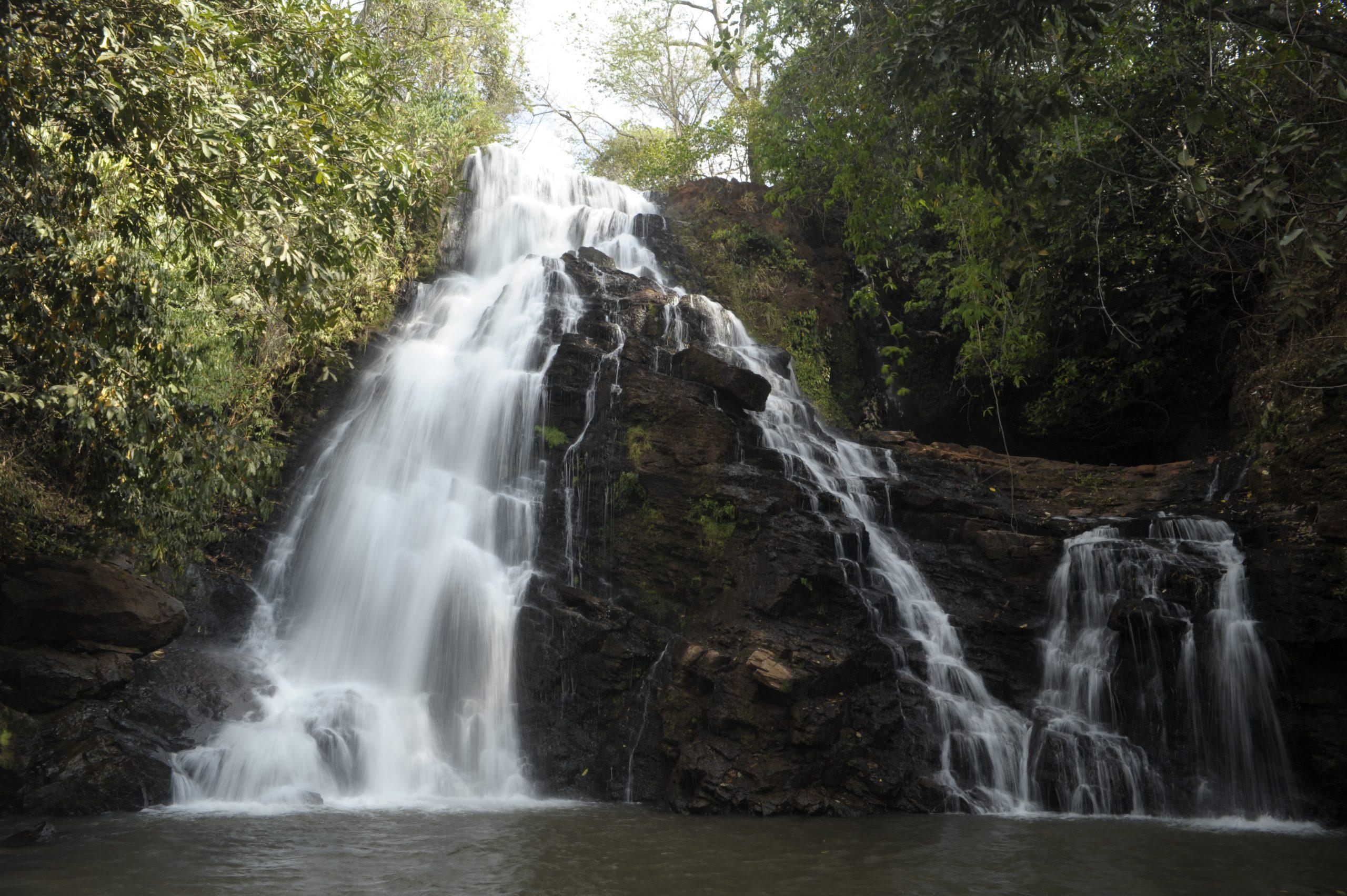 cachoeira do marimbondo Uberlândia